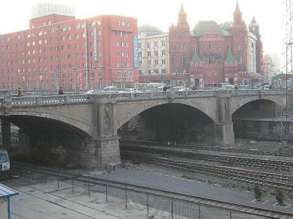 日本橋正面右側から