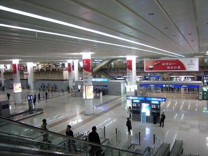 浦東空港出口付近