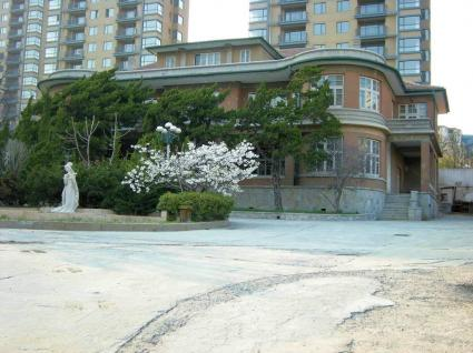 愛新覚羅憲奎(金壁東)旧宅(旧星海ホテル)