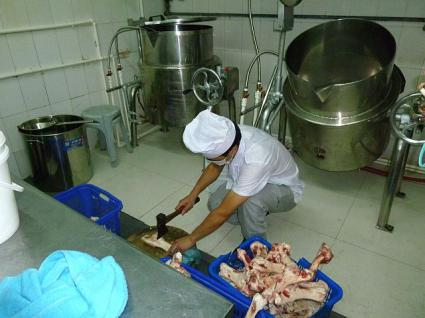 豚足の準備の様子