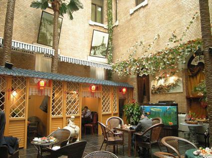 大連賓館(旧ヤマトホテル)1階庭園喫茶店