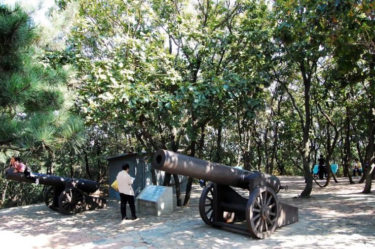 ロシア軍150ミリキャノン砲