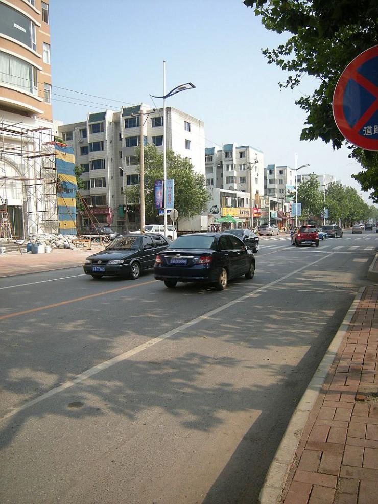 一直線に続く韓国風情街