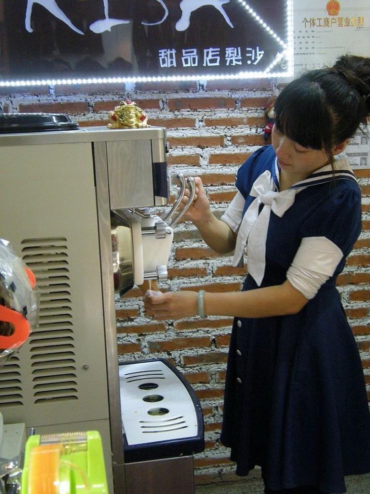 自動洗浄の機械なので衛生的
