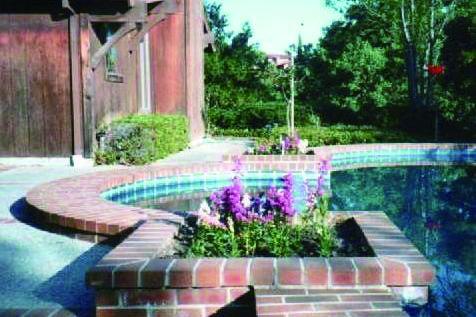 プール付きのカリフォルニアの家