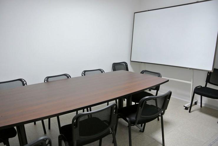 セミナーや勉強会などにも使える会議室