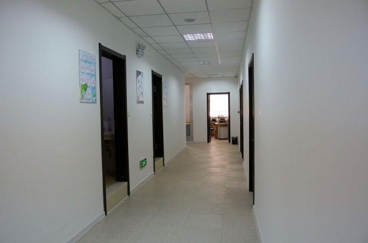 清潔感ある廊下