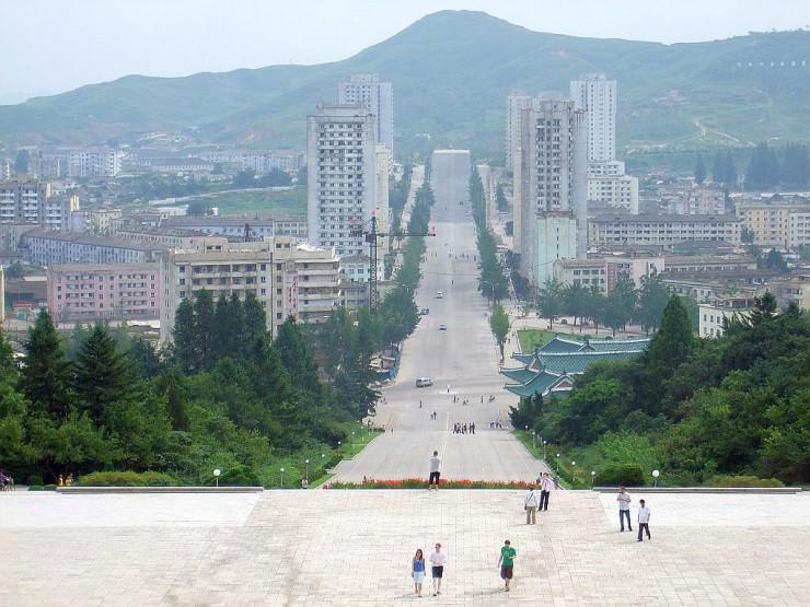 往復の移動手段が選べるプロレス観戦北朝鮮4日間(北京/瀋陽/丹東発8月30日)