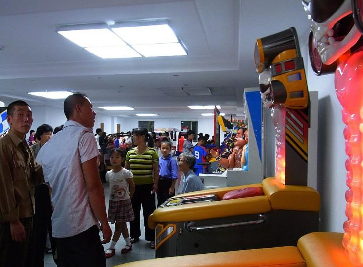 凱旋門遊園地内のゲームセンター