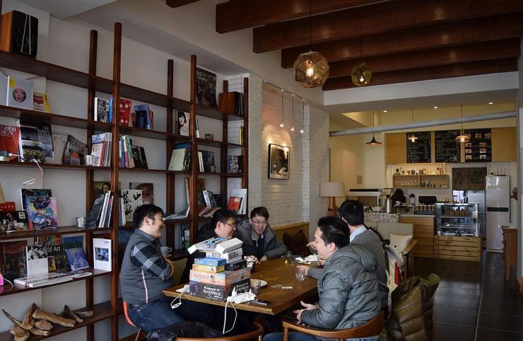 コタローズカフェ店内
