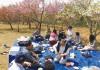 合同で花見を楽しんだ新潟県人会と山梨県人会の会員
