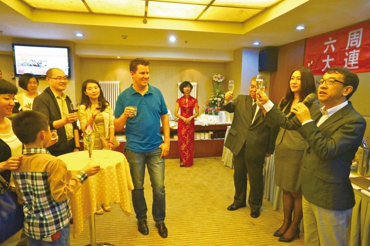 和やかな雰囲気の中で行われた大連錦華銀座酒店の6周年パーティー